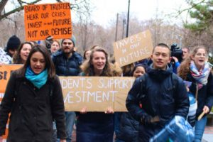 Students Advocate Divestment From Fossil Fuels