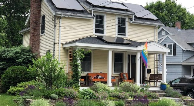 Thinking About Solar Panels for your Roof? Here's Some Neighborly Advice.
